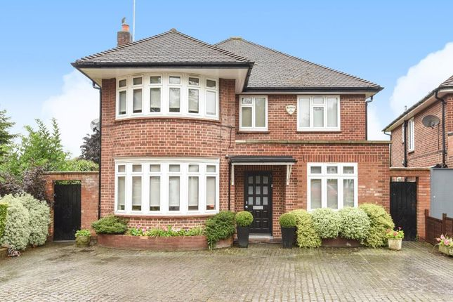 Thumbnail Detached house for sale in Kingswood Park, Finchley
