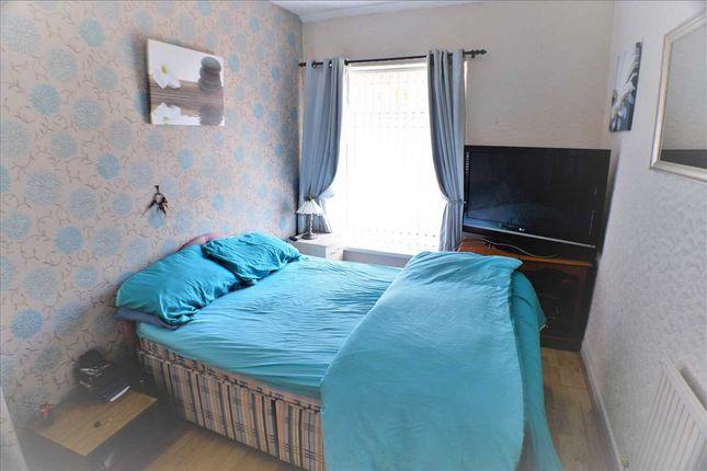 Bedroom 1 of Penmain Street, Porth CF39