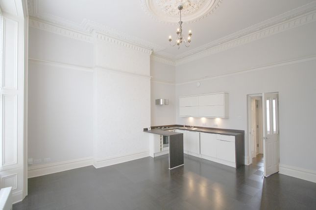 2 bed flat to rent in Osborne Terrace, Newcastle Upon Tyne