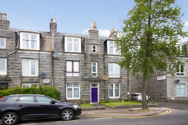 Thumbnail Flat to rent in Broomhill Road, Aberdeen