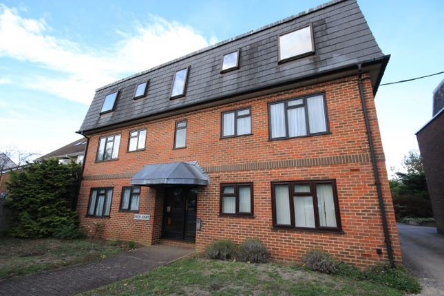 Thumbnail Flat to rent in Kings Road, Flitwick