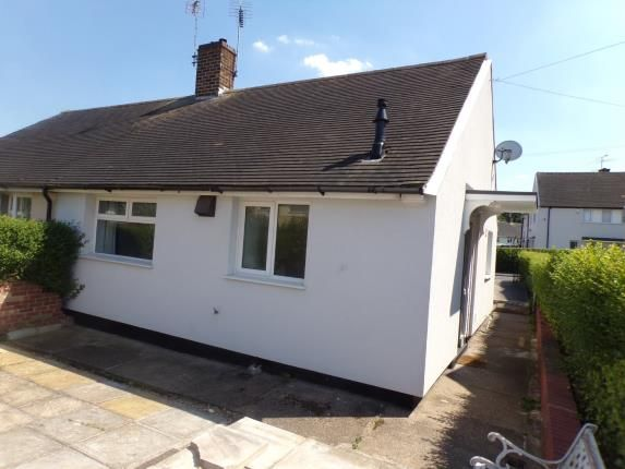 Thumbnail Bungalow for sale in Spring Green, Clifton, Nottingham, Nottinghamshire