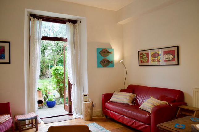 Thumbnail Terraced house to rent in Salmond Place, Edinburgh