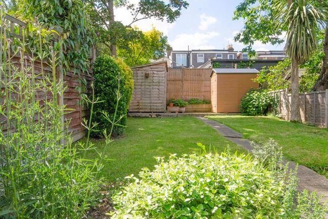 Garden B of Hertford Road, London N2