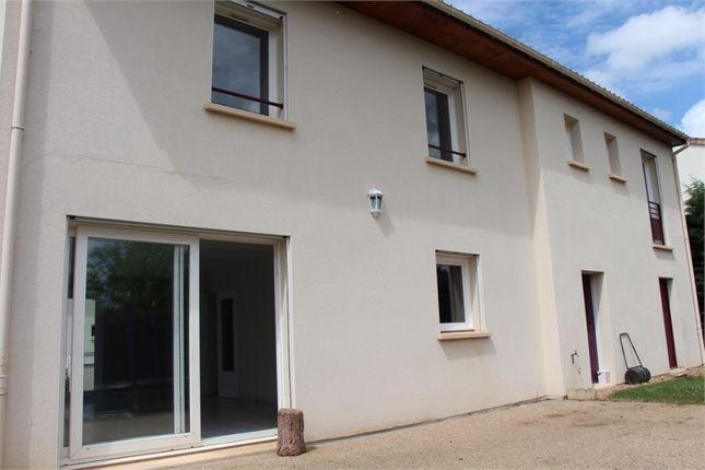 Thumbnail Property for sale in Poitou-Charentes, Vienne, Lussac Les Chateaux