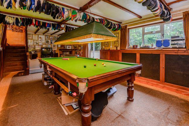 Games Room of Outdowns, Effingham KT24