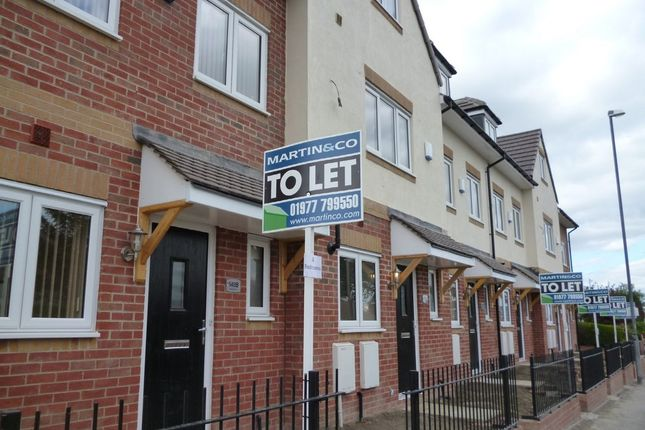 Thumbnail Town house to rent in Barnsley Road, Hemsworth, Pontefract
