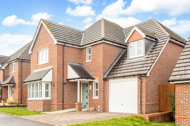 Thumbnail Detached house to rent in Knights Way, Alton