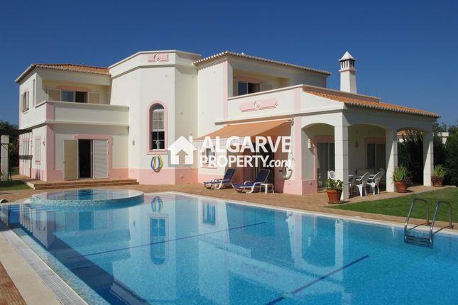 4 bed villa for sale in Lagoa, Portugal