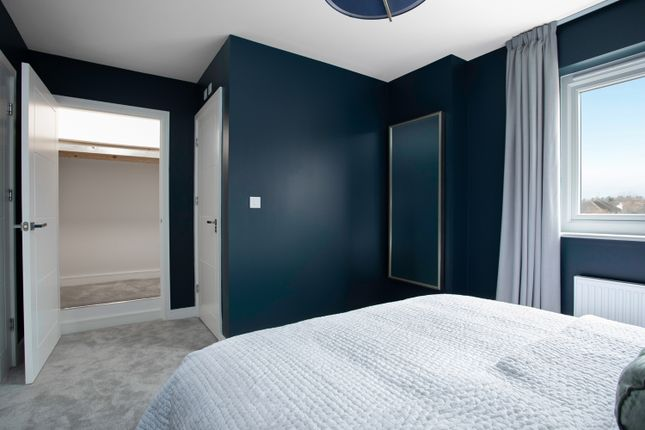 2 bedroom semi-detached house for sale in Huntingdon Road, Cambridge