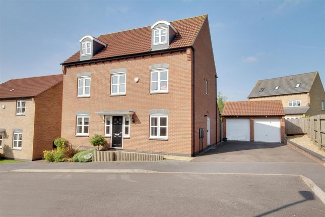 Thumbnail Detached house for sale in Longhirst Drive, Arnold, Nottingham