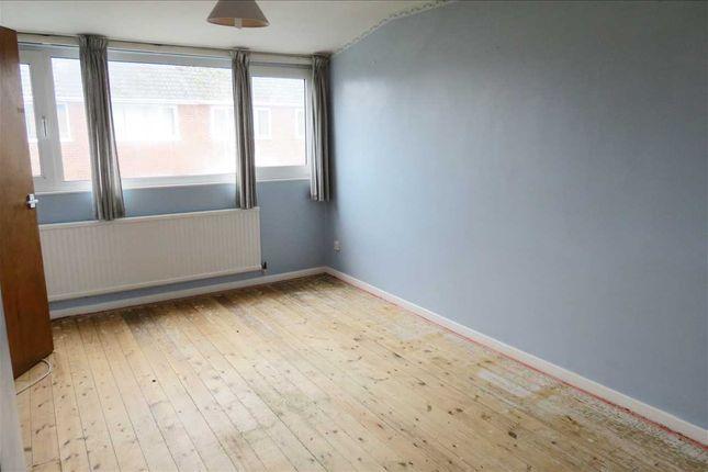 Bedroom 2: of Sleaford Road, Ruskington, Sleaford NG34