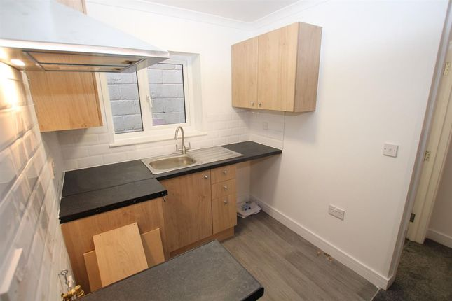 Thumbnail Flat to rent in Pallister Road, Clacton-On-Sea, Essex