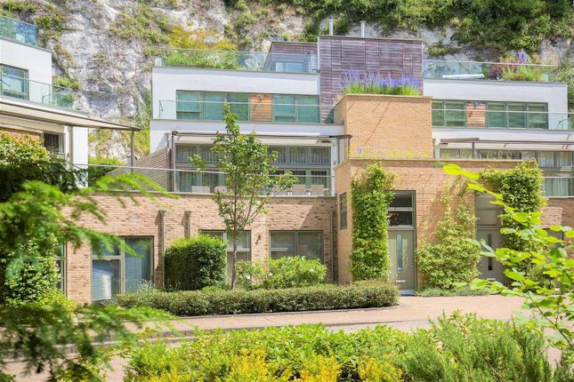 Thumbnail Property for sale in Chantry Quarry, Chantry View Road, Guildford