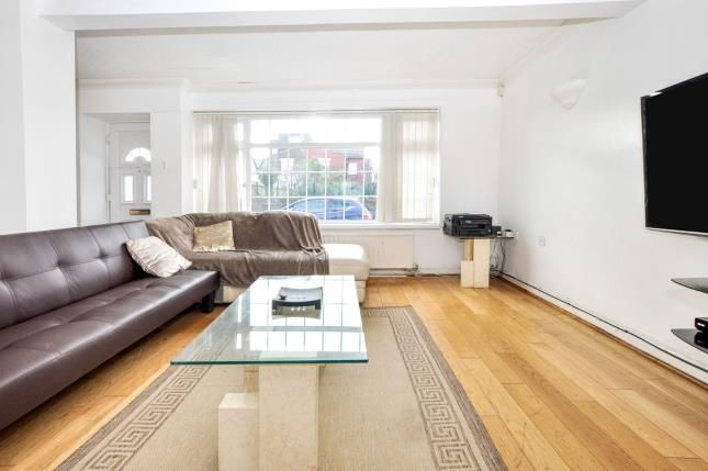 Thumbnail Bungalow for sale in Clarence Road, Croydon