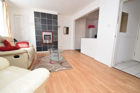 Thumbnail Flat to rent in Grant Street, Central, Inverness
