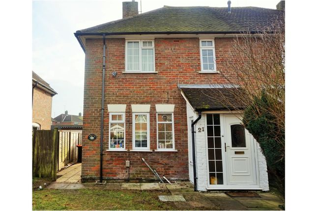 Thumbnail Semi-detached bungalow to rent in Worthington Road, Dunstable