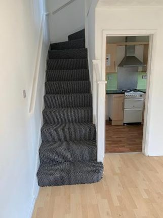 Thumbnail Terraced house to rent in Eaglesthorpe, Peterborough
