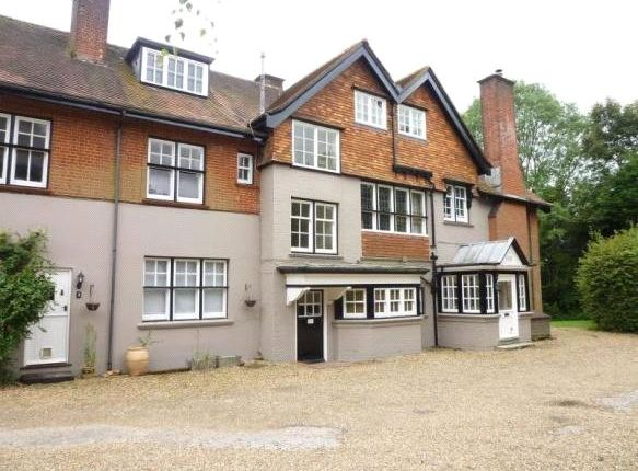 Thumbnail Flat to rent in Southdown Court, Southdown Road, Winchester, Hampshire