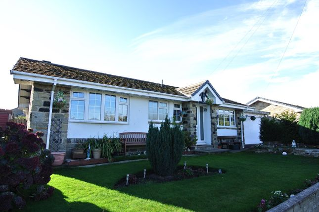 Thumbnail Detached bungalow to rent in Cross Lane, Scholes, Holmfirth