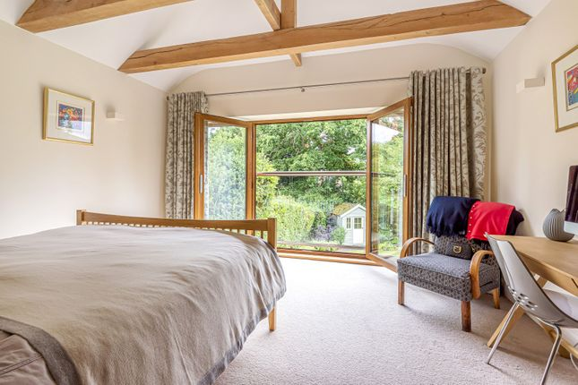 Bedroom of Cobham Way, East Horsley KT24