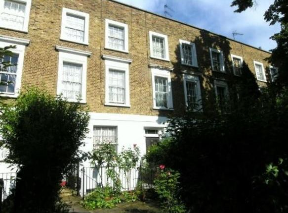 Thumbnail Maisonette to rent in Caledonian Road, London
