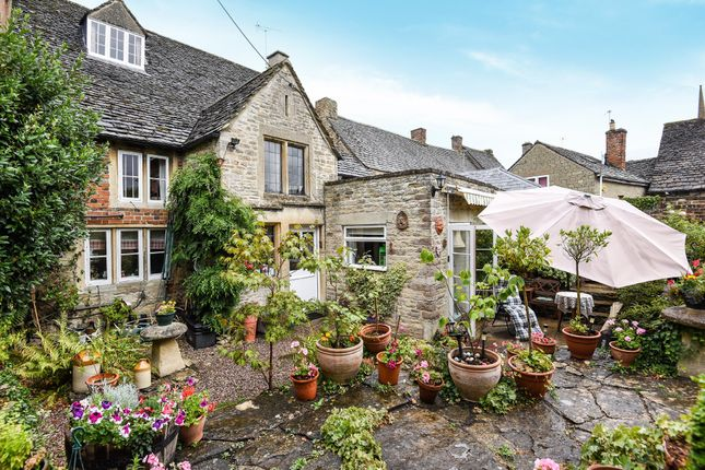 Thumbnail End terrace house for sale in High Street, Lechlade