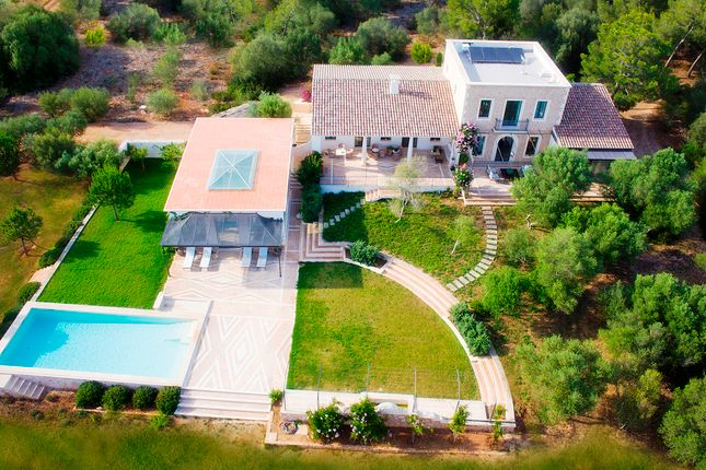 Villa for sale in Sa Rapita - Es Trenc, Mallorca, Balearic Islands