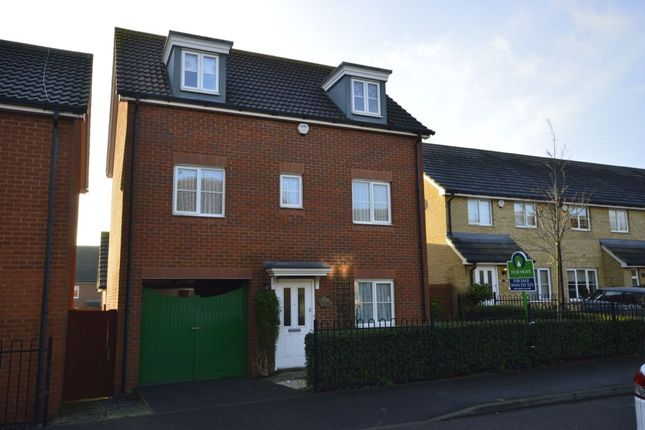 Thumbnail Detached house for sale in The Chimes, Hoo, Rochester