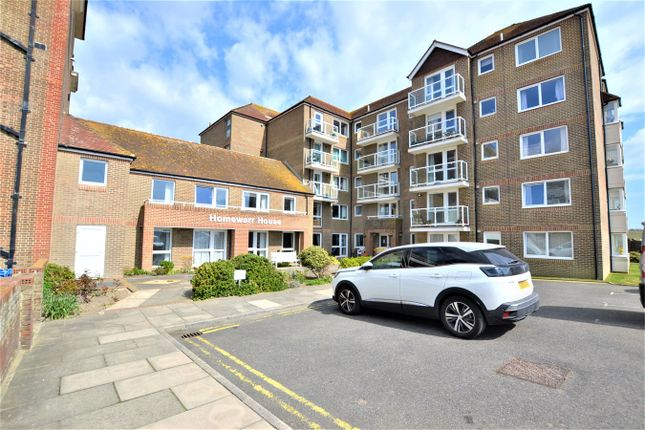 Thumbnail Flat to rent in De La Warr Parade, Bexhill-On-Sea
