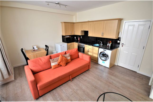 Thumbnail Flat to rent in 105 Queens Road, Portsmouth