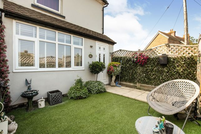 1 bed flat for sale in Hawkswood Road, Hailsham BN27