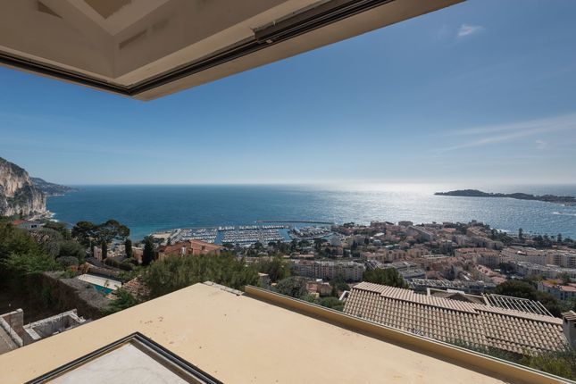 Villa for sale in Beaulieu Sur Mer, Villefranche, Cap Ferrat Area, French Riviera