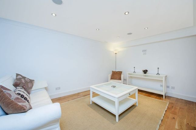 Thumbnail Property to rent in Winchendon Road, Fulham, London