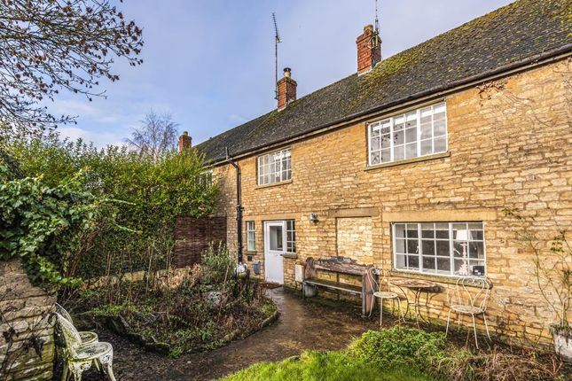 2 bed cottage for sale in Milton-Under-Wychwood, Oxfordshire OX7