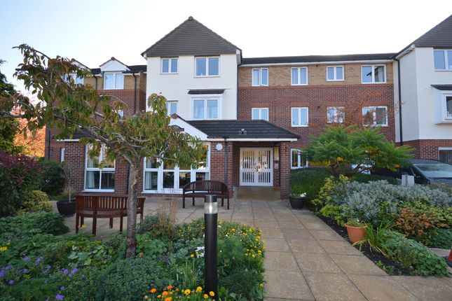 Thumbnail Flat for sale in Cathedral View Court, Cabourne Avenue, Lincoln