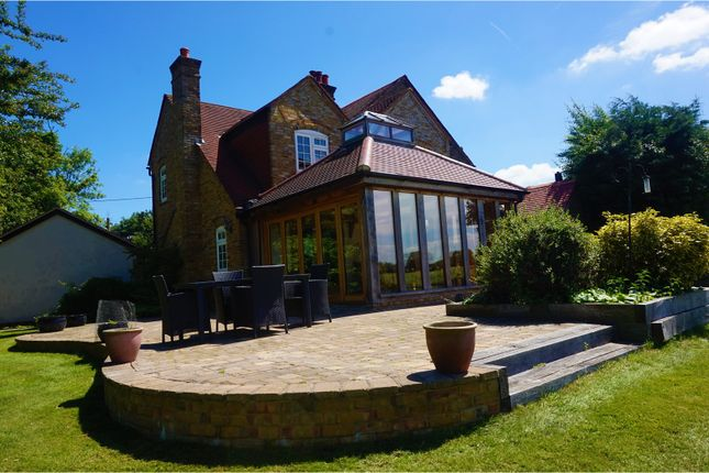 Thumbnail Property for sale in King Street, Ongar