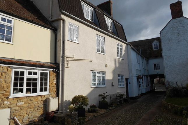 Thumbnail Property to rent in Market Place, Wincanton