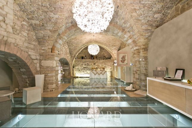Thumbnail Town house for sale in Assisi, Perugia, Umbria