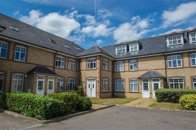 Thumbnail Flat for sale in Rainsborough Court, Hertford, Herts