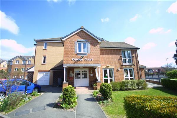 Thumbnail Flat for sale in Oakley Court, 1 Oakley Road, Southampton
