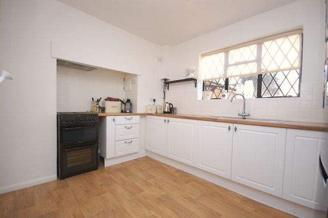 Thumbnail Detached house to rent in Highfield Way, Rickmansworth