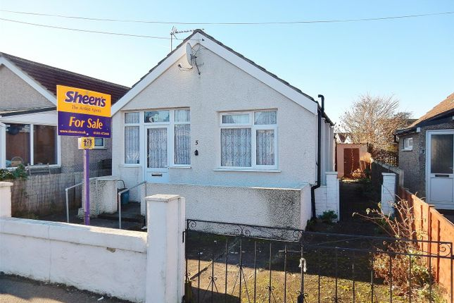 Thumbnail Detached bungalow for sale in Willow Way, Jaywick, Clacton-On-Sea