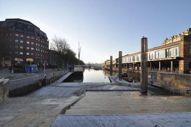 Thumbnail Flat to rent in Broad Quay, Bristol