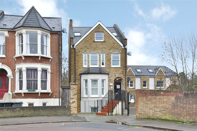 Thumbnail Flat for sale in Beatrice Road, Stroud Green, London