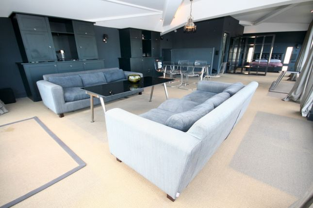 Thumbnail Studio to rent in Colour House, 7 Bell Yard Mews, London