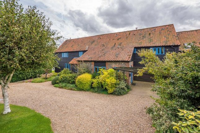 Thumbnail Barn conversion for sale in The Street, Hepworth, Diss