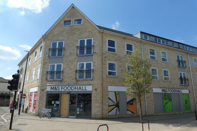 2 bed flat to rent in Victoria Court, Wetherby LS22
