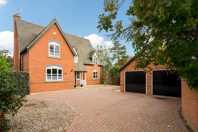 Thumbnail Detached house for sale in Greenhill, Evesham, Worcestershire