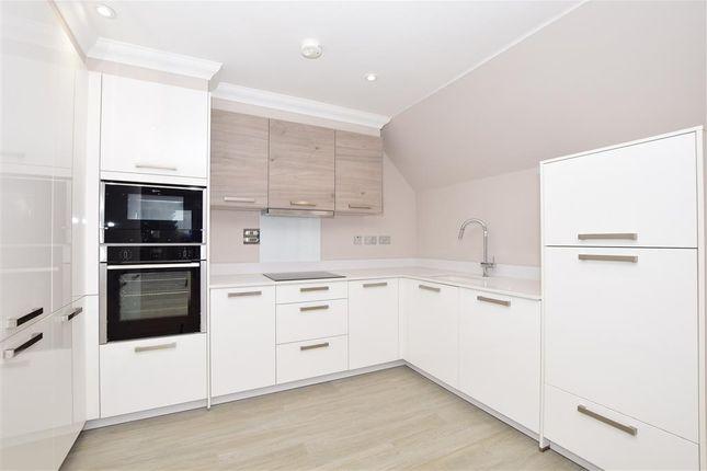 Thumbnail Flat for sale in Chantry Court, Broadbridge Heath, Horsham, West Sussex